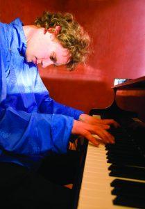 gernot_blume_piano copy-1